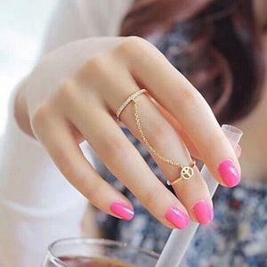 Two Finger Ring with Chain and Peace Sign